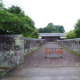 長屋門と石塀