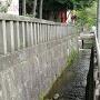 浅間神社外周の石垣水路