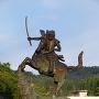 春日山の謙信公騎馬像