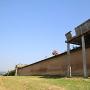 築地塀の上の見張台?