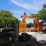 模擬門と正門前の石橋