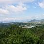 山頂から見た近江富士です。