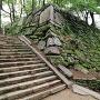弓櫓跡石垣、夏模様