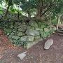 材木櫓跡近くの石垣