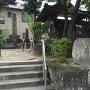 石碑「織田伊勢守城址」と「岩倉城跡」