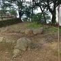 石畳と石垣の説明