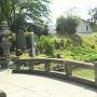 神炊館神社(37.290612,140.374243)にある水堀と土塁