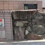 本丸入り口付近の復元石垣
