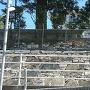 金網越し石垣