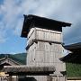 井楼櫓と本丸内の門