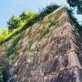 歴史を感じる石垣