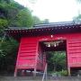 住吉神社赤門