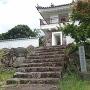 模擬櫓の展望所と城跡石碑