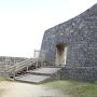 一番郭への門と城壁