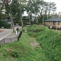 神足神社の堀と土塁