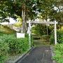 陣屋跡の簡素な門