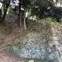 登り石垣④(見上げる)
