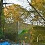 出櫓跡と本丸跡石垣