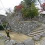 本丸下から裏門側の石垣