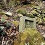 石仏と石垣