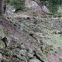 崩れ続ける石垣