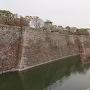 高石垣と内堀