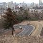 本丸北壁石垣と仙台市街(西側から)