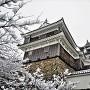 雪降る福知山城