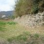 三の段下の石垣