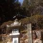 神社横の案内碑