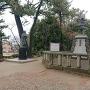 信長と濃姫の銅像