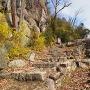 帯郭と石段