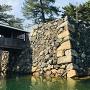 鞘橋と二の丸石垣
