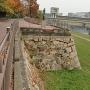 二の丸石垣(旭川沿)