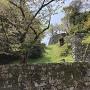 大堀切と登り石垣