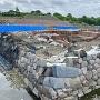 発掘、整備中の石垣(家康時代)