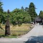 本丸入り口(戸澤神社入り口)