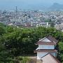 鶴ヶ城干飯櫓の先に見える向羽黒山城