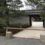 中庭への入口