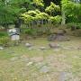 心字の庭石