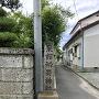 城址入口目印の東館稲荷神社石碑
