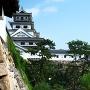 山里櫓の前から見た模擬天守