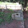 冠木門跡(本丸虎口)の礎石