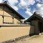復元された土塀と武家屋敷