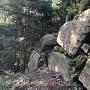 主郭石垣の矢穴