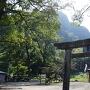岩劔神社の鳥居近くから