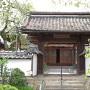 経蔵寺に移築された桜丸の門