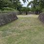 橋のかかっていない門跡の虎口