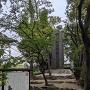 前田利家誕生の地石碑