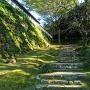 雷門跡への石段と藤兵衛丸の石垣